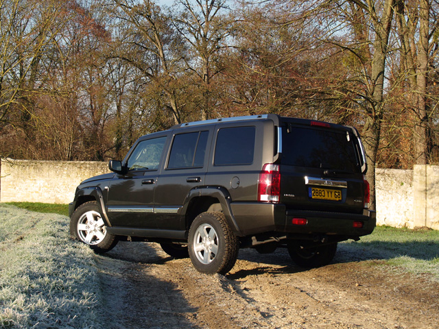 jeep-commander-02_640