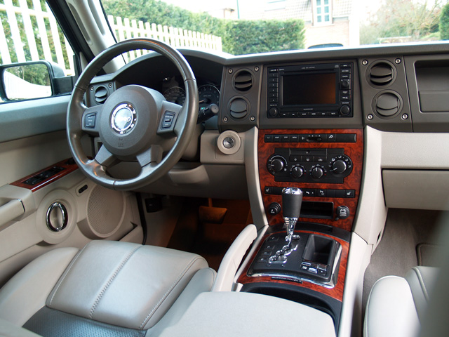 jeep-commander-03_640
